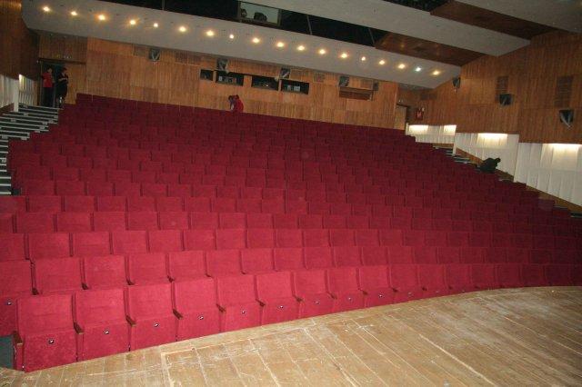a3245581b Divadelná sála